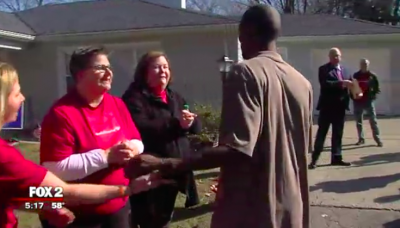 Army Veteran receives house from Bank of America