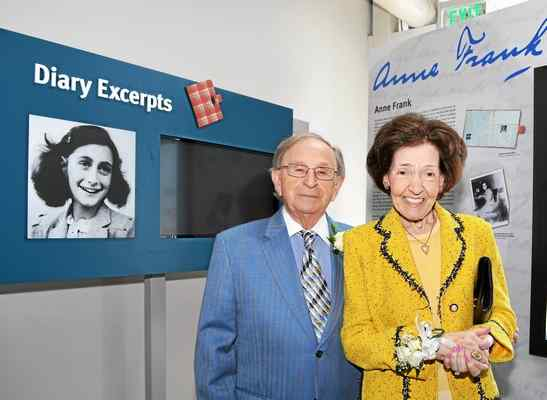 leon county holocaust essay contest Orange – a holocaust survivor on friday called finalists of the holocaust art  and writing contest awards ceremony at chapman university.